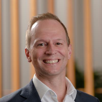 Jeff Thurecht DIRECTOR & PERSONAL FINANCIAL ADVISER